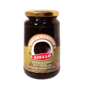 маслины черные с косточкой